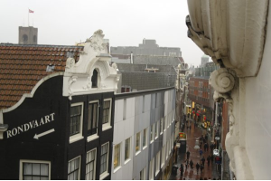 Bekijk appartement te huur in Amsterdam Kolksteeg, € 1400, 45m2 - 293507. Geïnteresseerd? Bekijk dan deze appartement en laat een bericht achter!