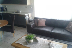 View house for rent in Hellevoetsluis Parkweg, € 1700, 65m2 - 377605. Interested? check out this house and leave a message!