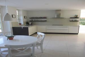 For rent: House Valkrustlaan, Roosendaal - 1