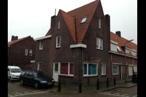 Bekijk studio te huur in Tilburg Van Alphenstraat: Kamer - € 325, 14m2 - 295743