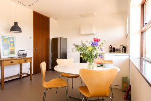 Bekijk woning te huur in Amsterdam Amstelbeststraat, € 2800, 140m2 - 282583. Geïnteresseerd? Bekijk dan deze woning en laat een bericht achter!