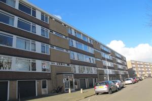 Bekijk appartement te huur in Alkmaar H. Pootlaan, € 925, 72m2 - 365856. Geïnteresseerd? Bekijk dan deze appartement en laat een bericht achter!