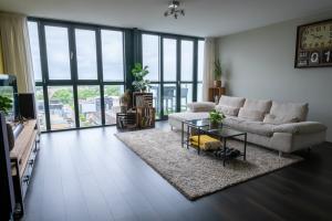 Bekijk appartement te huur in Hoofddorp Raadhuisplein, € 1750, 81m2 - 394497. Geïnteresseerd? Bekijk dan deze appartement en laat een bericht achter!
