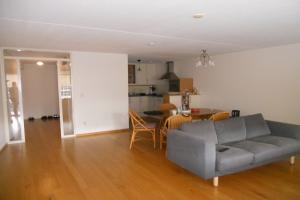 Bekijk appartement te huur in Weesp Casparuslaan, € 1800, 100m2 - 373834. Geïnteresseerd? Bekijk dan deze appartement en laat een bericht achter!