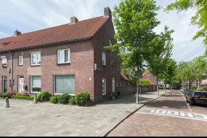 Bekijk appartement te huur in Eindhoven Averkampstraat, € 1100, 100m2 - 290511. Geïnteresseerd? Bekijk dan deze appartement en laat een bericht achter!