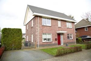 Bekijk woning te huur in Leeuwarden S. Stienplaat, € 1300, 222m2 - 348137. Geïnteresseerd? Bekijk dan deze woning en laat een bericht achter!