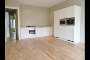 Bekijk appartement te huur in Den Haag Plaats, € 1850, 100m2 - 323980. Geïnteresseerd? Bekijk dan deze appartement en laat een bericht achter!
