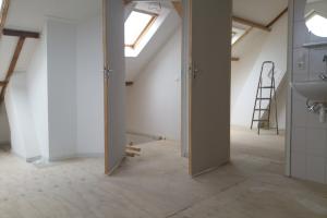 Bekijk kamer te huur in Enschede J.H.W. Robersstraat, € 698, 30m2 - 386565. Geïnteresseerd? Bekijk dan deze kamer en laat een bericht achter!