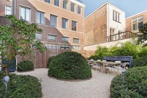 Bekijk appartement te huur in Amsterdam Leidekkerssteeg, € 2250, 86m2 - 372447. Geïnteresseerd? Bekijk dan deze appartement en laat een bericht achter!