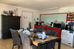 For rent: Apartment Zandstraat, Beneden-Leeuwen - 1