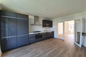 Bekijk appartement te huur in Amsterdam Biesboschstraat, € 1795, 70m2 - 395160. Geïnteresseerd? Bekijk dan deze appartement en laat een bericht achter!