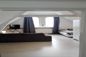 Te huur: Studio West-Kruiskade, Rotterdam - 1