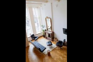Bekijk appartement te huur in Amsterdam Prinsengracht, € 2975, 120m2 - 292524. Geïnteresseerd? Bekijk dan deze appartement en laat een bericht achter!