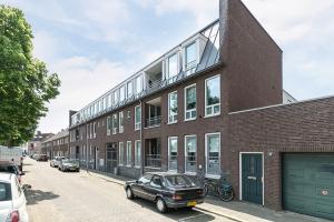 Bekijk appartement te huur in Den Bosch Oostwal, € 1350, 95m2 - 346452. Geïnteresseerd? Bekijk dan deze appartement en laat een bericht achter!