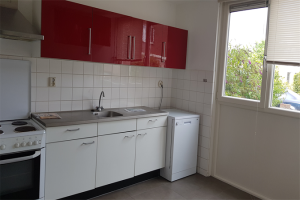 View house for rent in Tilburg Naardenstraat, € 1200, 170m2 - 378751. Interested? check out this house and leave a message!