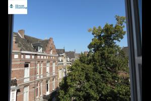 Bekijk appartement te huur in Maastricht Keizer Karelplein, € 930, 98m2 - 275649. Geïnteresseerd? Bekijk dan deze appartement en laat een bericht achter!