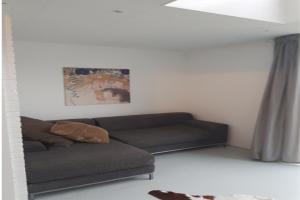 Bekijk studio te huur in Amsterdam Leo Hornstraat, € 1250, 60m2 - 338969. Geïnteresseerd? Bekijk dan deze studio en laat een bericht achter!
