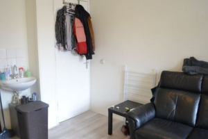 Bekijk kamer te huur in Groningen Moesstraat, € 445, 18m2 - 387574. Geïnteresseerd? Bekijk dan deze kamer en laat een bericht achter!