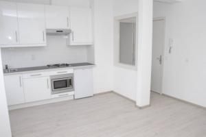 Bekijk appartement te huur in Den Haag De Genestetlaan, € 795, 33m2 - 384567. Geïnteresseerd? Bekijk dan deze appartement en laat een bericht achter!