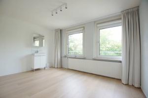 Bekijk appartement te huur in Rotterdam Statenweg, € 2300, 133m2 - 345267. Geïnteresseerd? Bekijk dan deze appartement en laat een bericht achter!