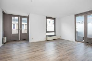 Bekijk appartement te huur in Amsterdam Rustenburgerstraat, € 1800, 80m2 - 373325. Geïnteresseerd? Bekijk dan deze appartement en laat een bericht achter!