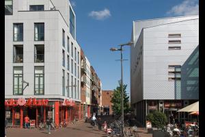 Bekijk appartement te huur in Alphen Aan Den Rijn Julianastraat, € 905, 82m2 - 333845. Geïnteresseerd? Bekijk dan deze appartement en laat een bericht achter!