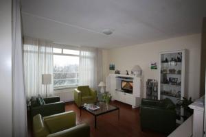 Bekijk appartement te huur in Leidschendam Buizerdlaan, € 1250, 81m2 - 372448. Geïnteresseerd? Bekijk dan deze appartement en laat een bericht achter!
