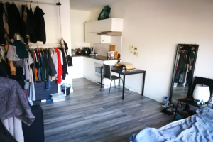 Bekijk studio te huur in Groningen Nieuweweg, € 790, 25m2 - 378245. Geïnteresseerd? Bekijk dan deze studio en laat een bericht achter!
