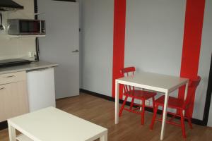 Bekijk kamer te huur in Leeuwarden Valeriusstraat, € 425, 23m2 - 348670. Geïnteresseerd? Bekijk dan deze kamer en laat een bericht achter!
