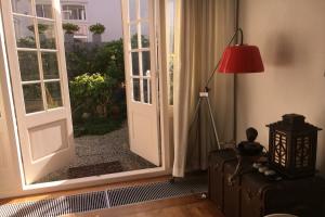 Bekijk woning te huur in Den Haag Helmstraat, € 2250, 110m2 - 376364. Geïnteresseerd? Bekijk dan deze woning en laat een bericht achter!