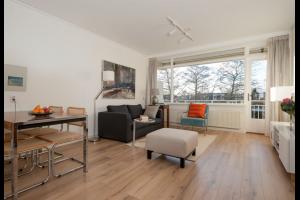 Bekijk appartement te huur in Amstelveen Flevolaan, € 1750, 70m2 - 335853. Geïnteresseerd? Bekijk dan deze appartement en laat een bericht achter!