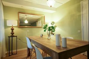Bekijk appartement te huur in Schiedam Vlaardingerdijk, € 950, 56m2 - 335656. Geïnteresseerd? Bekijk dan deze appartement en laat een bericht achter!