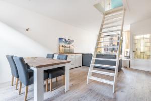 Bekijk woning te huur in Alkmaar Lindenlaan, € 1250, 80m2 - 380408. Geïnteresseerd? Bekijk dan deze woning en laat een bericht achter!