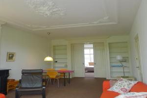 Bekijk appartement te huur in Amsterdam Leidsekade, € 1650, 70m2 - 379253. Geïnteresseerd? Bekijk dan deze appartement en laat een bericht achter!