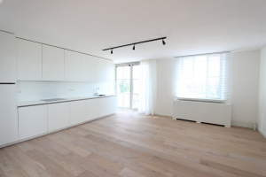 Bekijk appartement te huur in Maastricht Koningsplein flat, € 1275, 105m2 - 371736. Geïnteresseerd? Bekijk dan deze appartement en laat een bericht achter!
