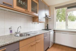Bekijk woning te huur in Hellevoetsluis Waterman: Tussenwoning  - € 1195, 92m2 - 351411