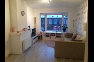 Bekijk appartement te huur in Den Haag Voorthuizenstraat: Gemeubileerd Appartement - € 1150, 87m2 - 321789