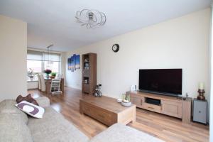 Bekijk appartement te huur in Vlaardingen Mendelssohnplein, € 950, 80m2 - 365811. Geïnteresseerd? Bekijk dan deze appartement en laat een bericht achter!