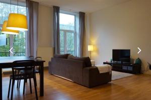 Bekijk appartement te huur in Rotterdam Eendrachtsweg, € 1295, 70m2 - 378038. Geïnteresseerd? Bekijk dan deze appartement en laat een bericht achter!