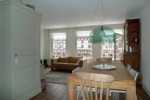 Bekijk appartement te huur in Amsterdam Gerard Doustraat, € 1700, 56m2 - 376392. Geïnteresseerd? Bekijk dan deze appartement en laat een bericht achter!