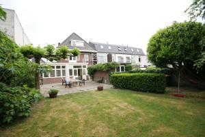 Bekijk woning te huur in Breda Poolseweg, € 2750, 170m2 - 343333. Geïnteresseerd? Bekijk dan deze woning en laat een bericht achter!