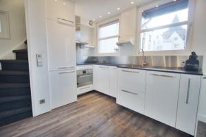 Bekijk appartement te huur in Amsterdam Bloemgracht, € 2000, 60m2 - 387091. Geïnteresseerd? Bekijk dan deze appartement en laat een bericht achter!