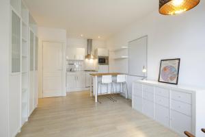 Bekijk appartement te huur in Amsterdam Madurastraat, € 1200, 30m2 - 394663. Geïnteresseerd? Bekijk dan deze appartement en laat een bericht achter!