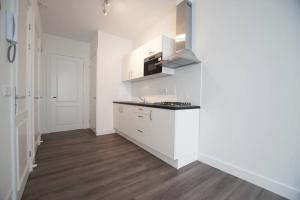 Bekijk appartement te huur in Rotterdam Schietbaanstraat, € 895, 45m2 - 380268. Geïnteresseerd? Bekijk dan deze appartement en laat een bericht achter!