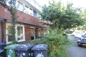 Bekijk woning te huur in Hilversum Amperestraat, € 1500, 175m2 - 354372. Geïnteresseerd? Bekijk dan deze woning en laat een bericht achter!