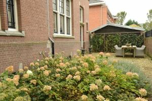 Bekijk appartement te huur in Den Haag Prins Mauritslaan, € 3450, 200m2 - 379916. Geïnteresseerd? Bekijk dan deze appartement en laat een bericht achter!