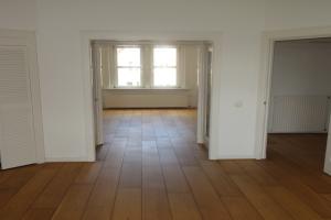 Bekijk appartement te huur in Amsterdam Van Baerlestraat, € 2100, 95m2 - 389913. Geïnteresseerd? Bekijk dan deze appartement en laat een bericht achter!