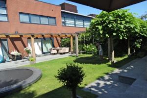 Bekijk woning te huur in Hilversum Kolhornseweg, € 3500, 196m2 - 358247. Geïnteresseerd? Bekijk dan deze woning en laat een bericht achter!