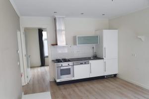 Bekijk appartement te huur in Amsterdam Sluisstraat, € 1695, 60m2 - 391970. Geïnteresseerd? Bekijk dan deze appartement en laat een bericht achter!