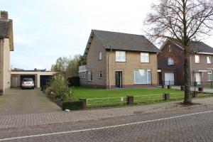 Bekijk woning te huur in Sint-Oedenrode Pastoor Smitsstraat, € 1350, 145m2 - 366478. Geïnteresseerd? Bekijk dan deze woning en laat een bericht achter!